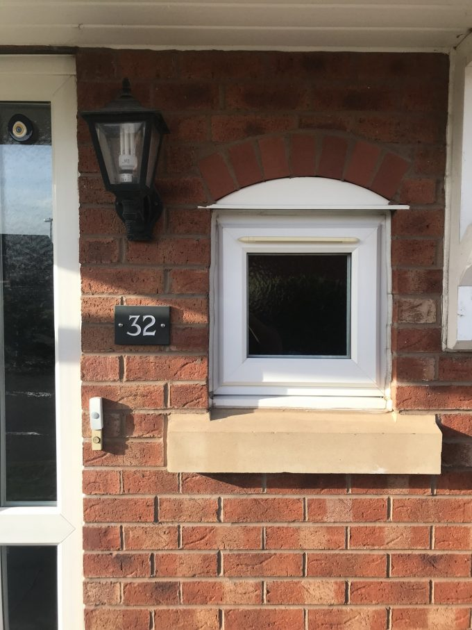 house number signs uk